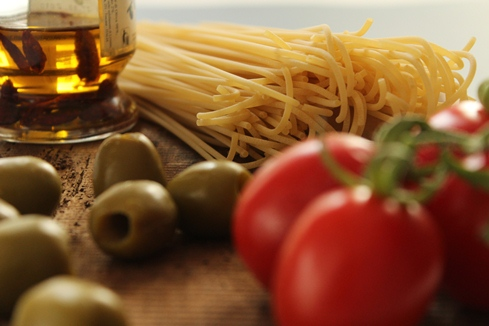 Spaghetti Puttanesca ingredienti